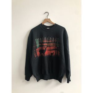 90s Whitetail Deer Black outdoors Crewneck